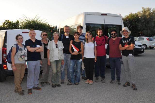 2019. Equipe del SAET in ricognizione a Locri.